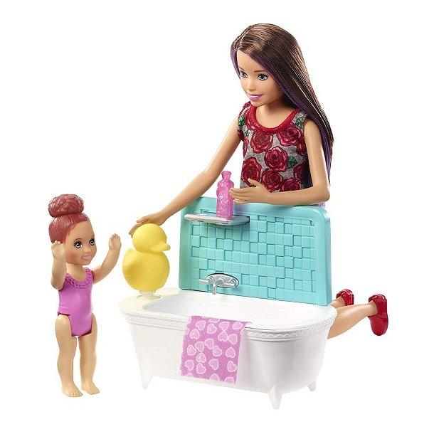Barbie Skipper Dukke med badekar og baby dukke