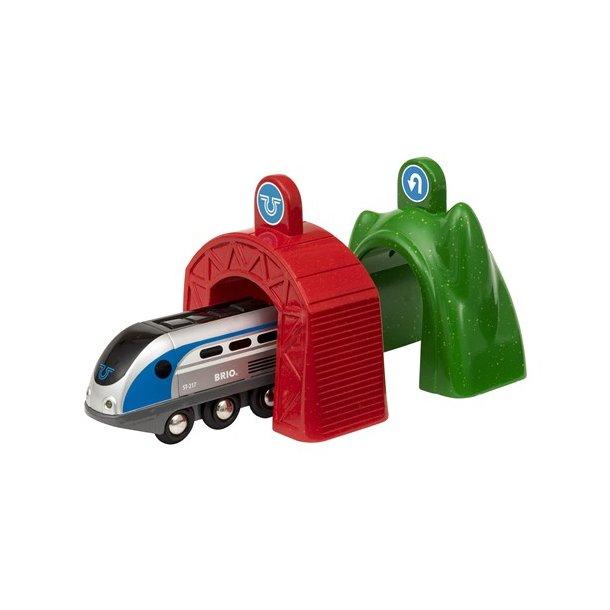 Brio Tog : Smart Engine Tog med Tunnel